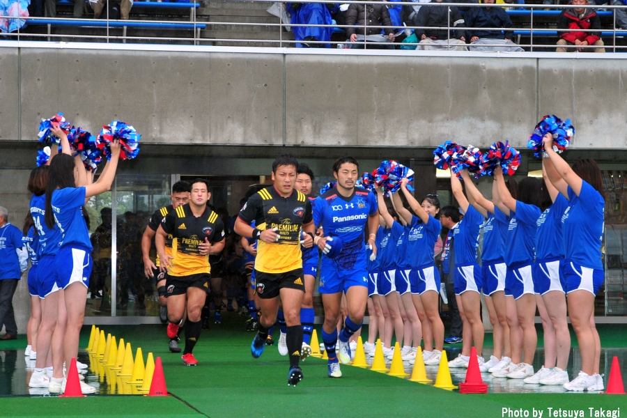 ジャパンラグビートップリーグ2017-2018              第9節パナソニック ワイルドナイツ VS サントリーサンゴリアスの写真1